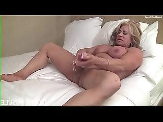 Female Muscle Porn Cougar Fucks Herself