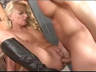 german milf pissing and fuck from