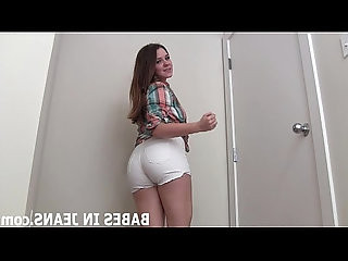 My round ass in skinny jeans is just too hot JOI