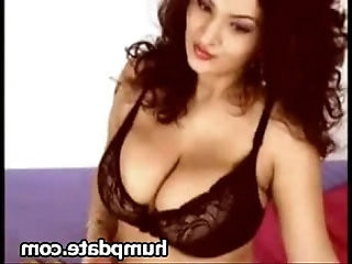Sexy thick babe masturbating with huge tits teasing on cam