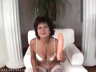 Deepthroat master granny